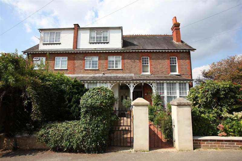 5 Bedrooms Terraced House for sale in Haywards Road, Haywards Heath