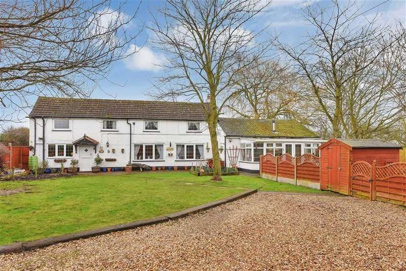 3 Bedrooms Detached House for sale in Eagle Moor, Lincoln, Lincolnshire
