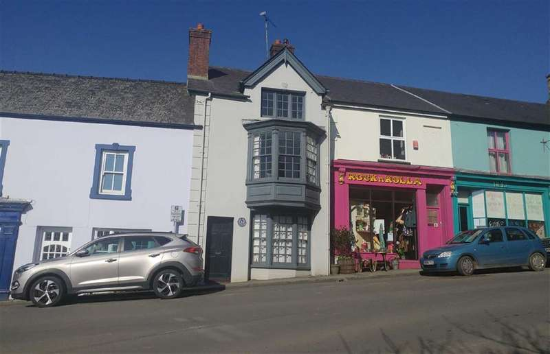 3 Bedrooms Terraced House for sale in Market Square, Narberth, Pembrokeshire