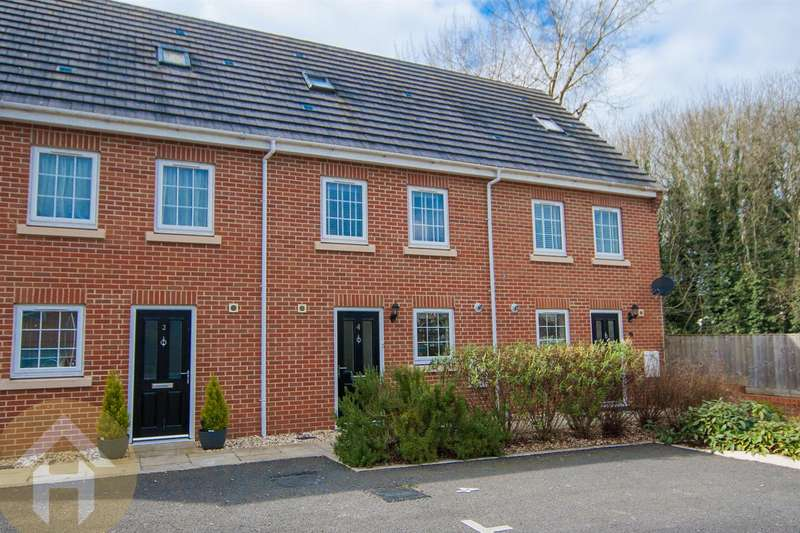 3 Bedrooms Terraced House for sale in Royal Mews, Royal Wootton Bassett, Swindon