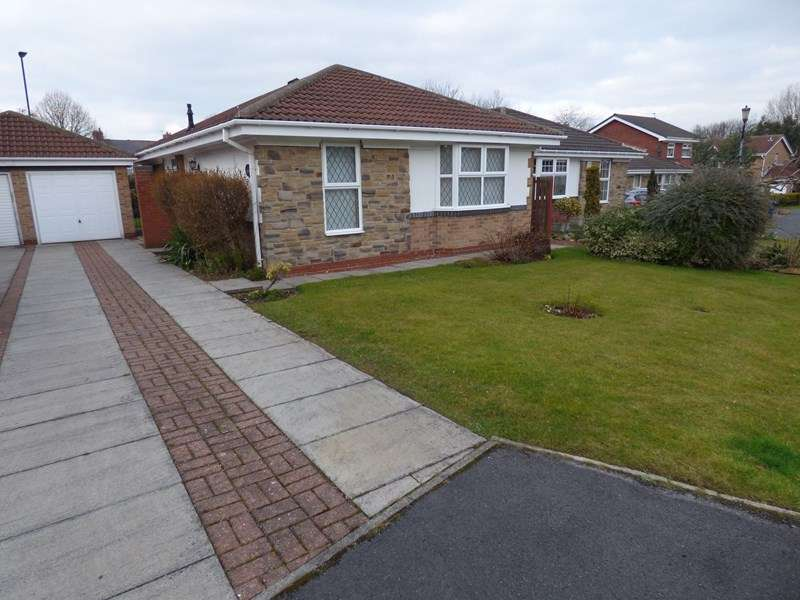 3 Bedrooms Bungalow for sale in Sutherland Grange, New Herrington, Houghton Le Spring, Tyne and Wear, DH4 4UT