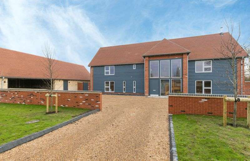 5 Bedrooms Property for sale in St. James Way, West Hanney, Wantage