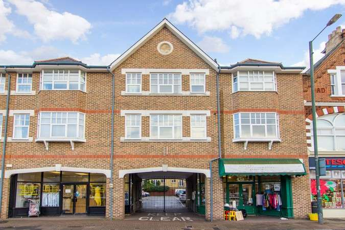 1 Bedroom Flat for sale in Sheen Lane, East Sheen