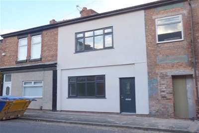 2 Bedrooms Terraced House for rent in Heathfield Road, Oxton
