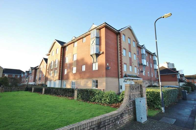 3 Bedrooms Maisonette Flat for sale in Kestell Drive, Windsor Quay, Cardiff