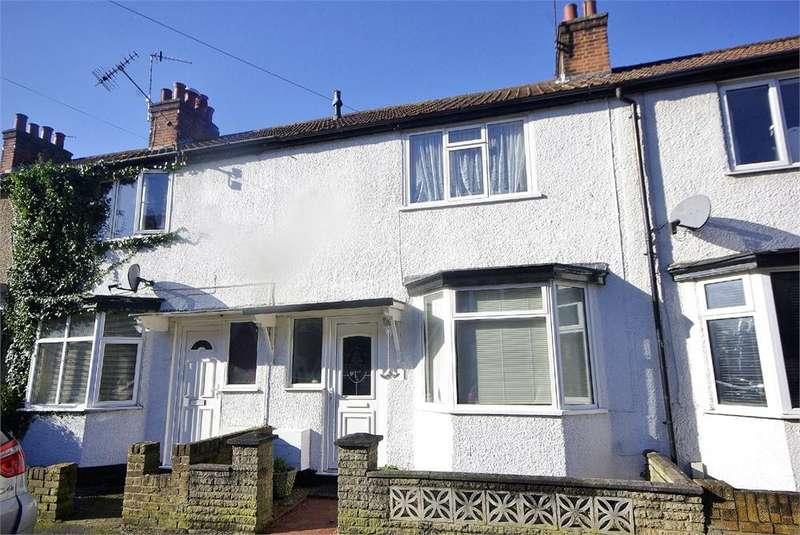 2 Bedrooms Terraced House for sale in Ashdon Road, Bushey, Hertfordshire, WD23