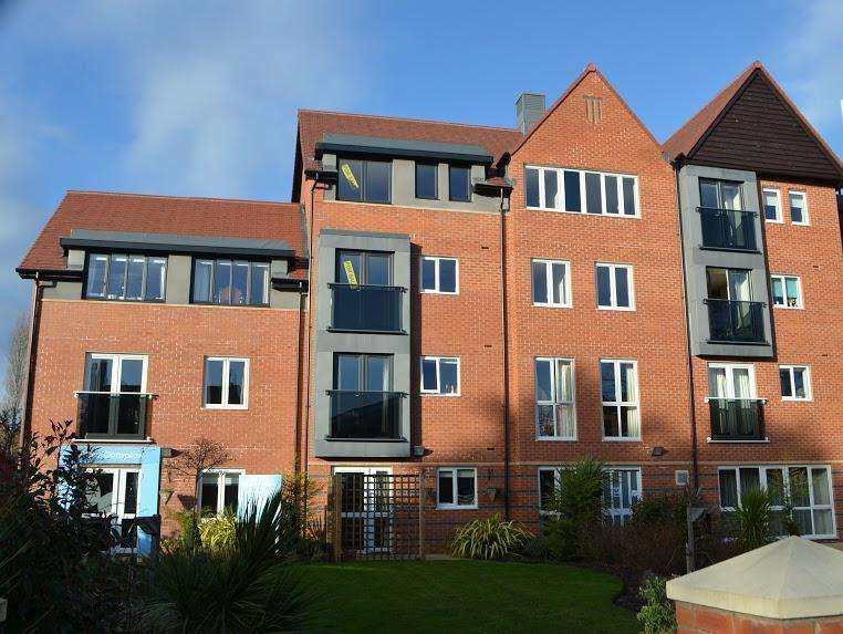 1 Bedroom Retirement Property for sale in Cambridge Road, Southport, PR9 9DH