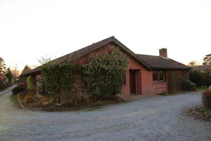 4 Bedrooms Bungalow for rent in West Felton, Nr Oswestry, Shropshire