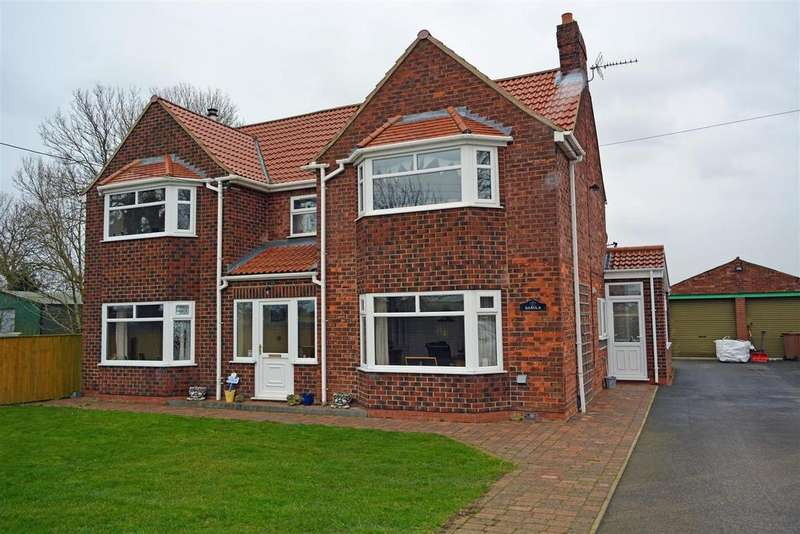 4 Bedrooms Detached House for sale in Carr Road, Ulceby