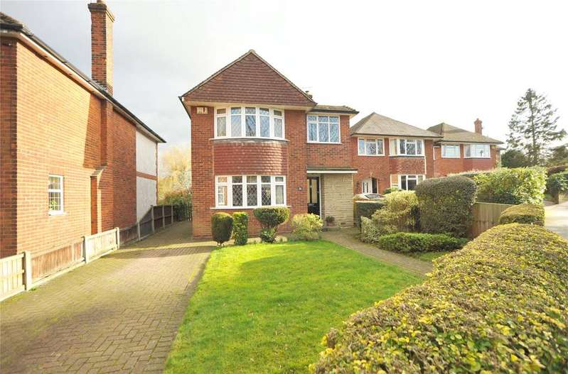 3 Bedrooms Detached House for sale in Chelmsford Road, Shenfield, Brentwood, Essex, CM15