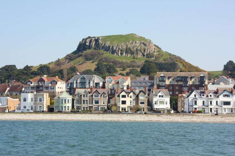 2 Bedrooms Apartment Flat for sale in Cwrt Deganwy, Deganwy Road, Deganwy LL31