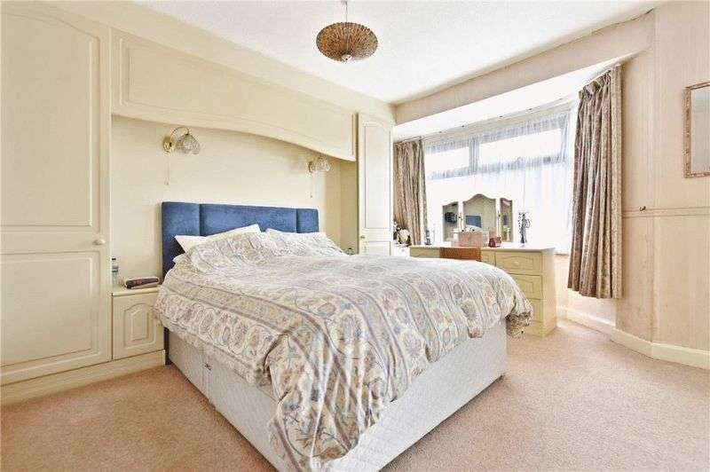 3 Bedrooms Property for sale in Manor Road, Harrow
