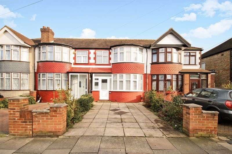 3 Bedrooms Property for sale in Thames Avenue, Greenford