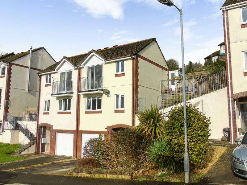 3 Bedrooms Property for sale in Springfield Road, Looe