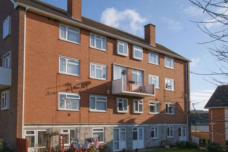 3 Bedrooms Property for sale in Parr Close, Exeter
