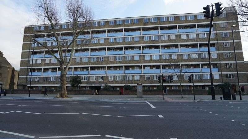 3 Bedrooms Property for sale in Oleary Square, London