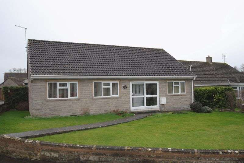 3 Bedrooms Property for sale in St. Marys Park, Langport