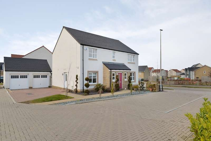 4 Bedrooms Detached Villa House for sale in Alder Walk, East Calder, West Lothian, EH53 0FF