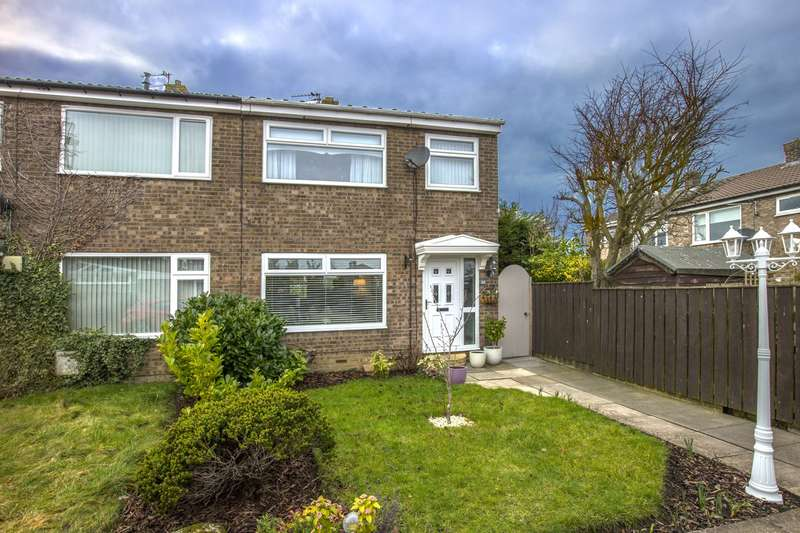3 Bedrooms House for sale in Chevington Close, Pegswood, Morpeth