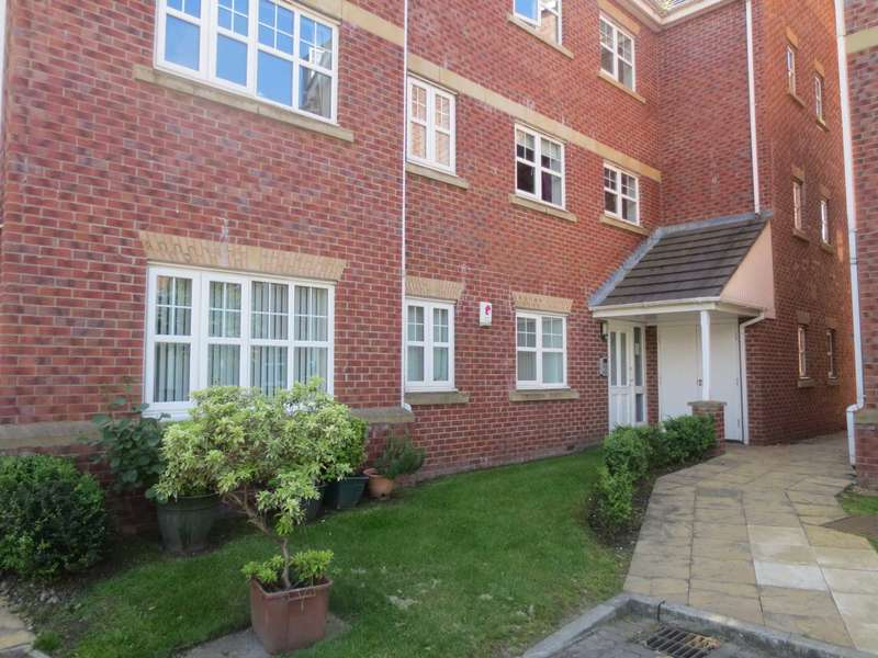 2 Bedrooms Apartment Flat for rent in Ellesmere Green, Manchester