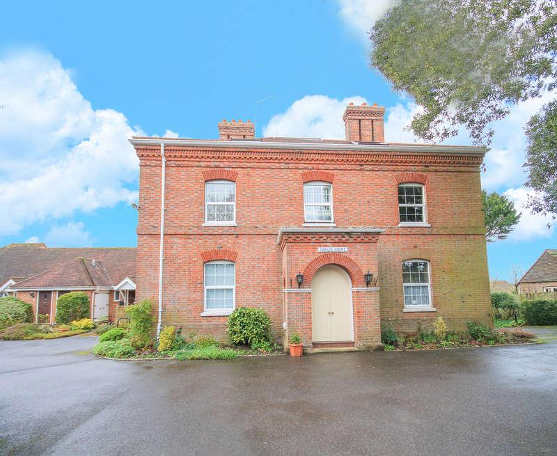 2 Bedrooms Flat for sale in Oaklea Court, High Street, Hartfield