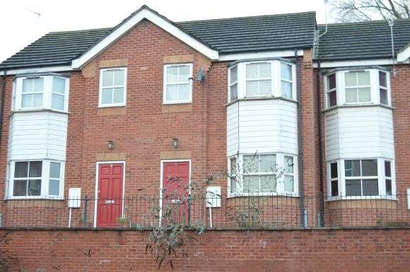 3 Bedrooms Terraced House for sale in St. Andrews Square, Stoke-On-Trent