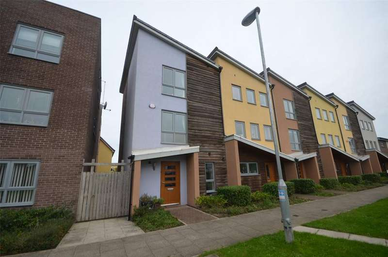 4 Bedrooms End Of Terrace House for sale in The Staiths