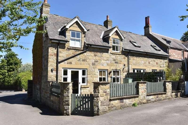 2 Bedrooms Mews House for sale in Hollins Mews, Harrogate