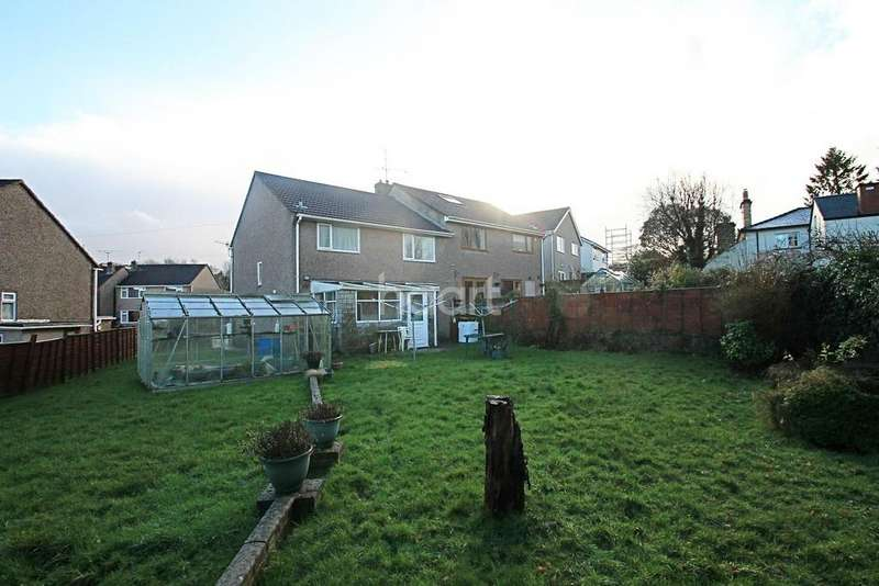 3 Bedrooms Semi Detached House for sale in Oaklands Park Drive, Rhiwdern, NP10