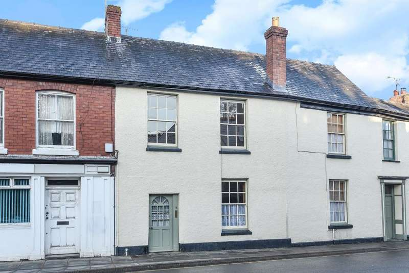 4 Bedrooms House for sale in Presteigne, Powys, LD8