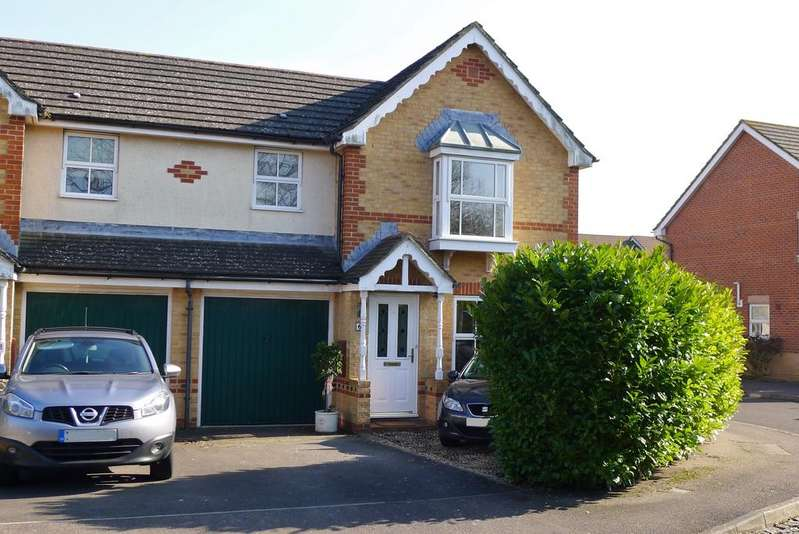3 Bedrooms Semi Detached House for sale in TITCHFIELD PARK