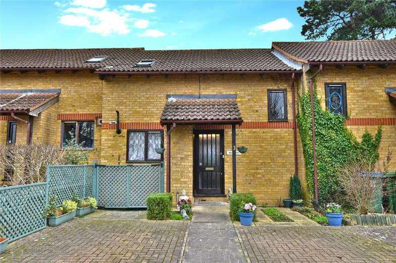 2 Bedrooms Terraced House for sale in Deakin Close, Watford, Hertfordshire, WD18