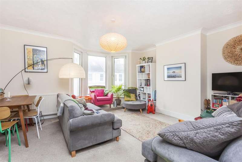 2 Bedrooms Maisonette Flat for sale in Westbourne Street, Hove