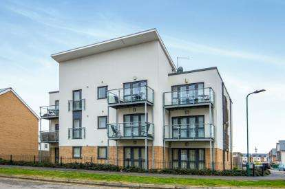 2 Bedrooms Flat for sale in Hartley Avenue, Peterborough, Cambridgeshire