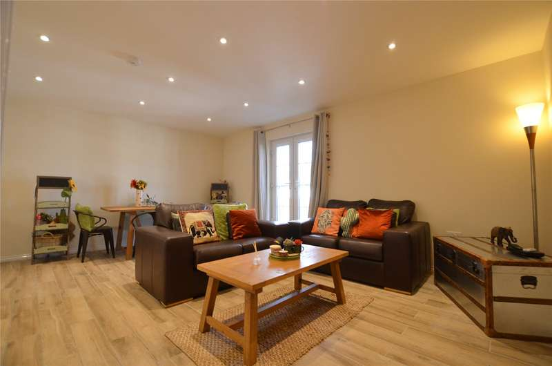 2 Bedrooms Apartment Flat for sale in Chancellor Court, Liverpool, Merseyside, L8