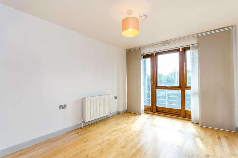 1 Bedroom Flat for sale in Carlton Drive, East Putney, SW15