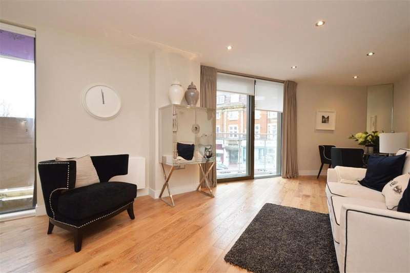 2 Bedrooms Flat for sale in Regents Park Road, London, N3 2LN