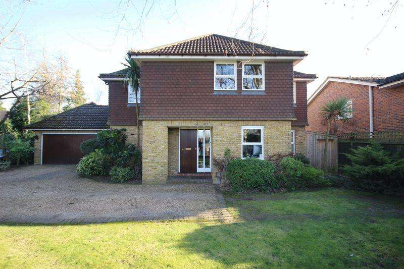 5 Bedrooms Detached House for rent in EAST EWELL