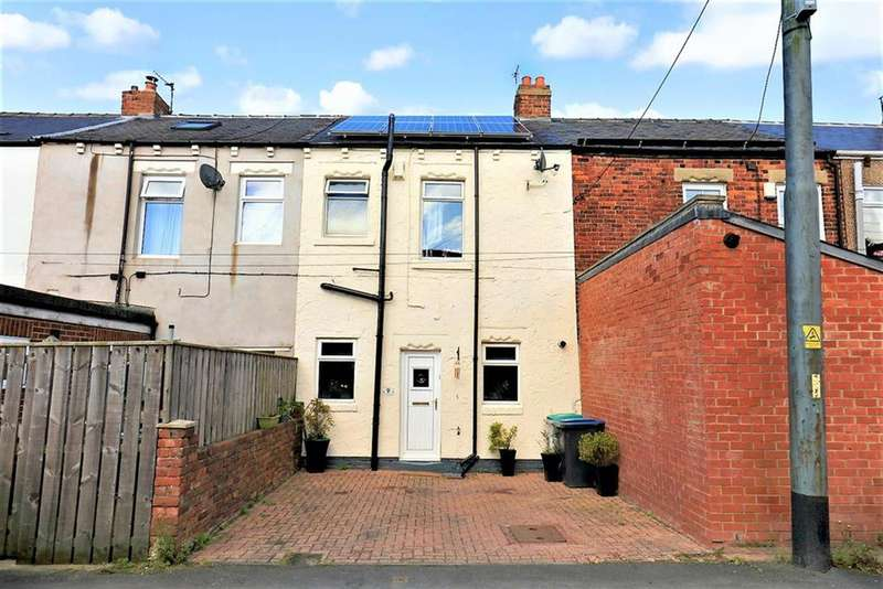 3 Bedrooms Terraced House for sale in Robinson Terrace, Hobson, Newcastle upon Tyne, NE16 6EG