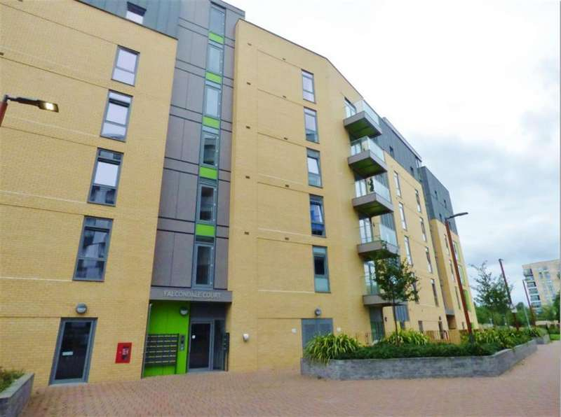 2 Bedrooms Flat for sale in First Central, Park Royal, London, NW10