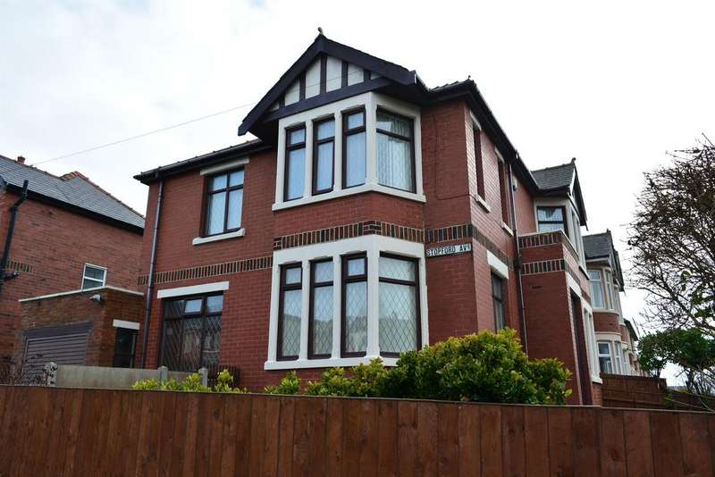 4 Bedrooms Detached House for sale in Bispham Road, Bispham, FY2 0NR