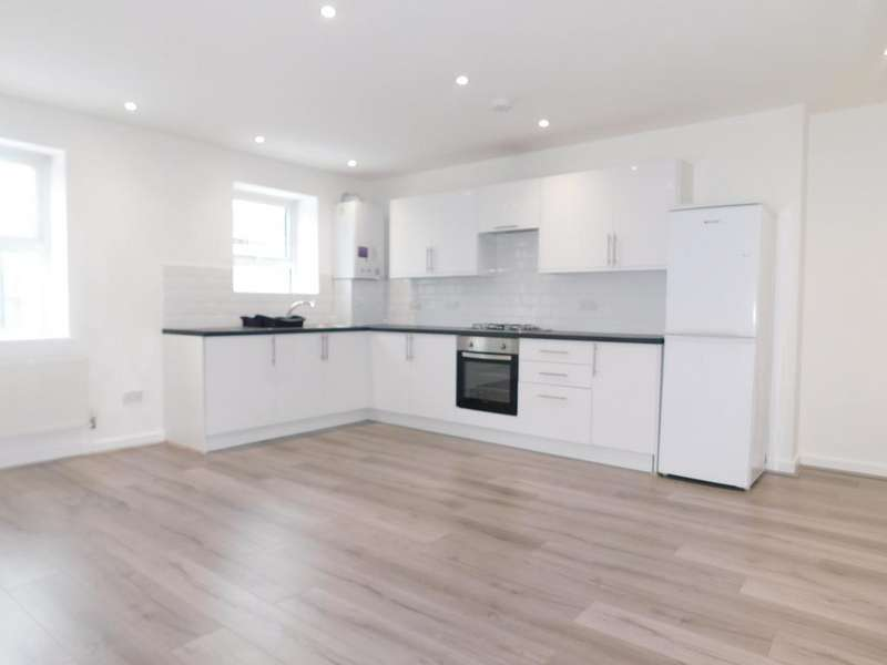 2 Bedrooms Flat for rent in 32-34 Church Road, Northolt, Middlesex
