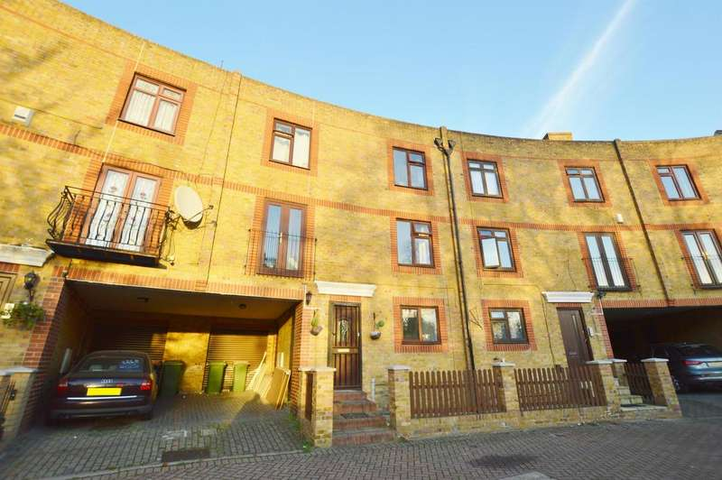5 Bedrooms Town House for sale in Yarrow Crescent, Beckton, London, E6 5UH