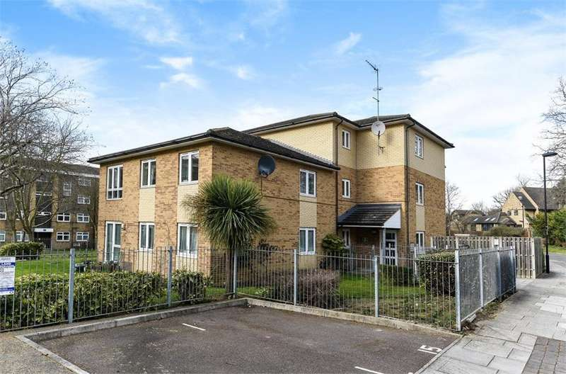 2 Bedrooms Flat for sale in Pruden Close, Southgate, London