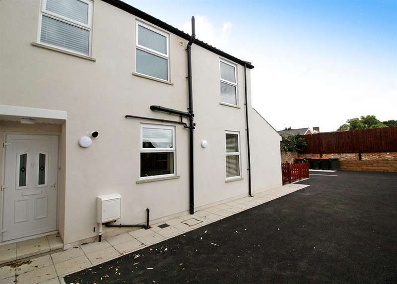 2 Bedrooms Terraced House for sale in New Road, Leighton Buzzard