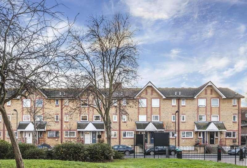 4 Bedrooms Terraced House for sale in Howard Road, London, N16