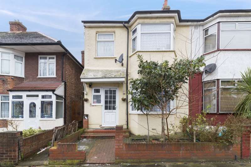 4 Bedrooms Property for sale in Hainault Road, Chadwell Heath, Romford, RM6