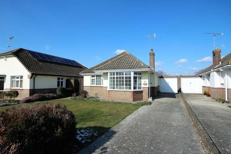 2 Bedrooms Detached Bungalow for sale in Thakeham Drive, Goring-by-sea BN12 5BB