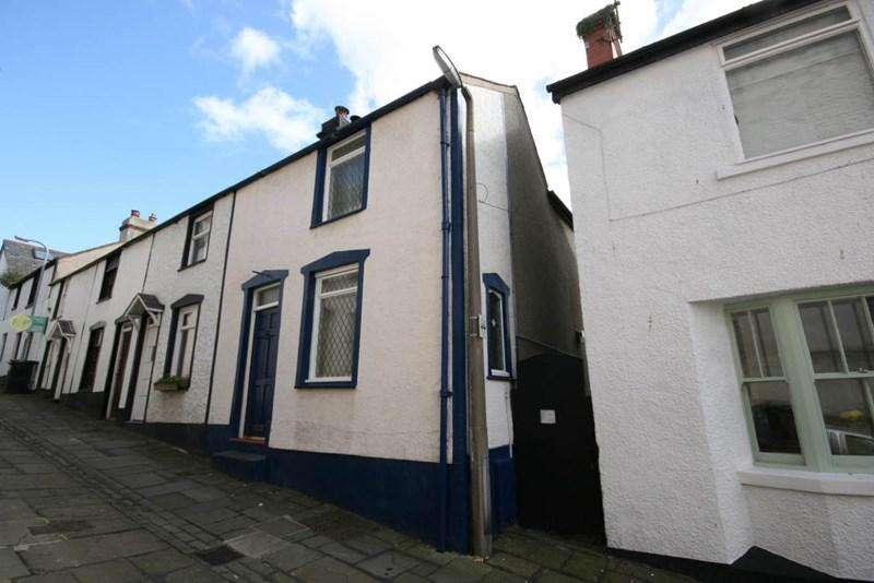 2 Bedrooms Terraced House for sale in 8 Crown Lane, Conwy