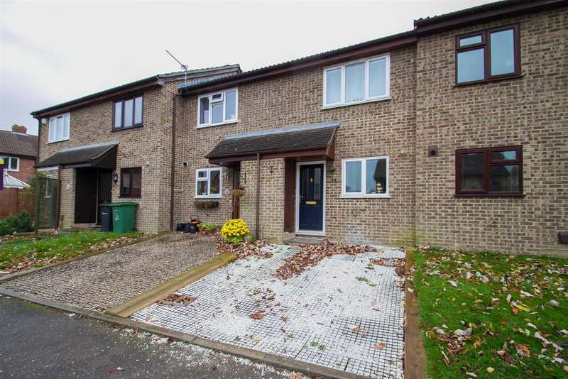 2 Bedrooms Terraced House for sale in Pennine Way, Downswood, Maidstone